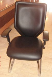 CGL67BA-LOW BACK VISITOR CHAIR